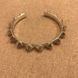 Silver toned pyramid stack bracelet